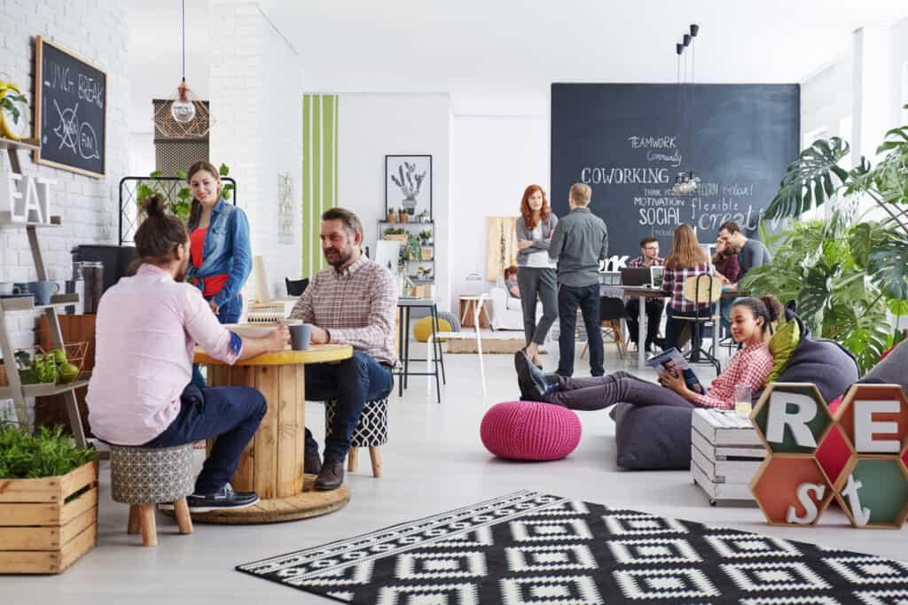 collaborative workspace 660311458